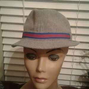 Authentic gorgeous   brand new  baby gap hat